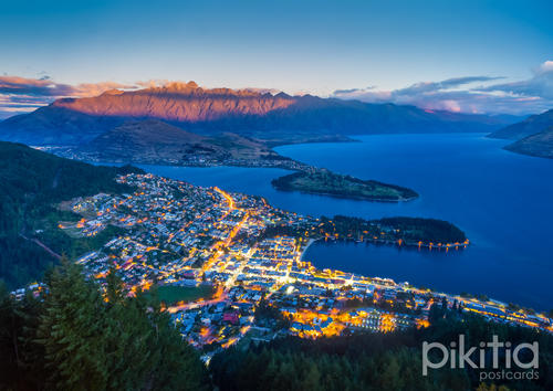 Queenstown and the Remarkables at dusk, New Zealand, New Zealand